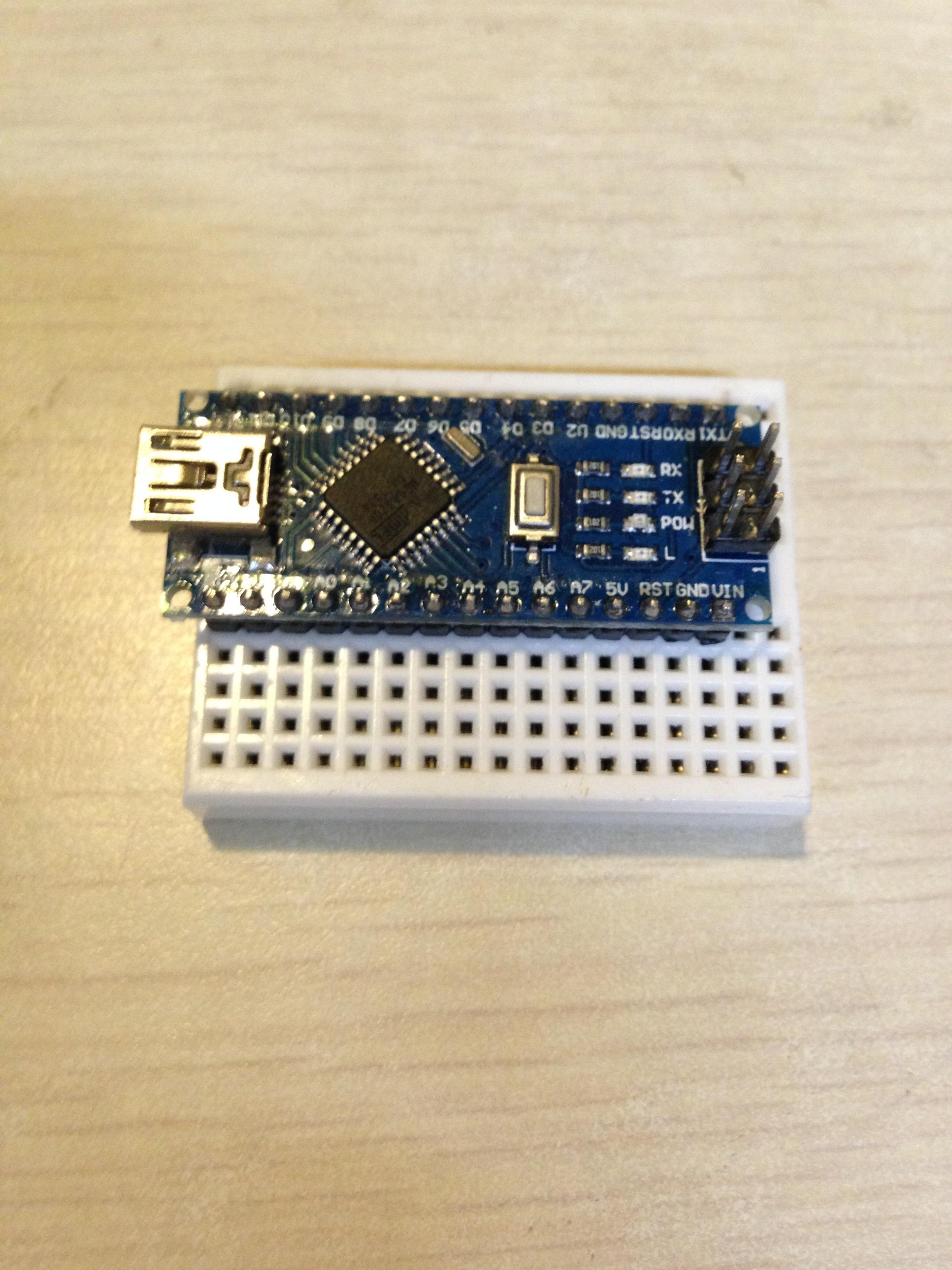Picture of 电路安装-Arduino Nano 控制板