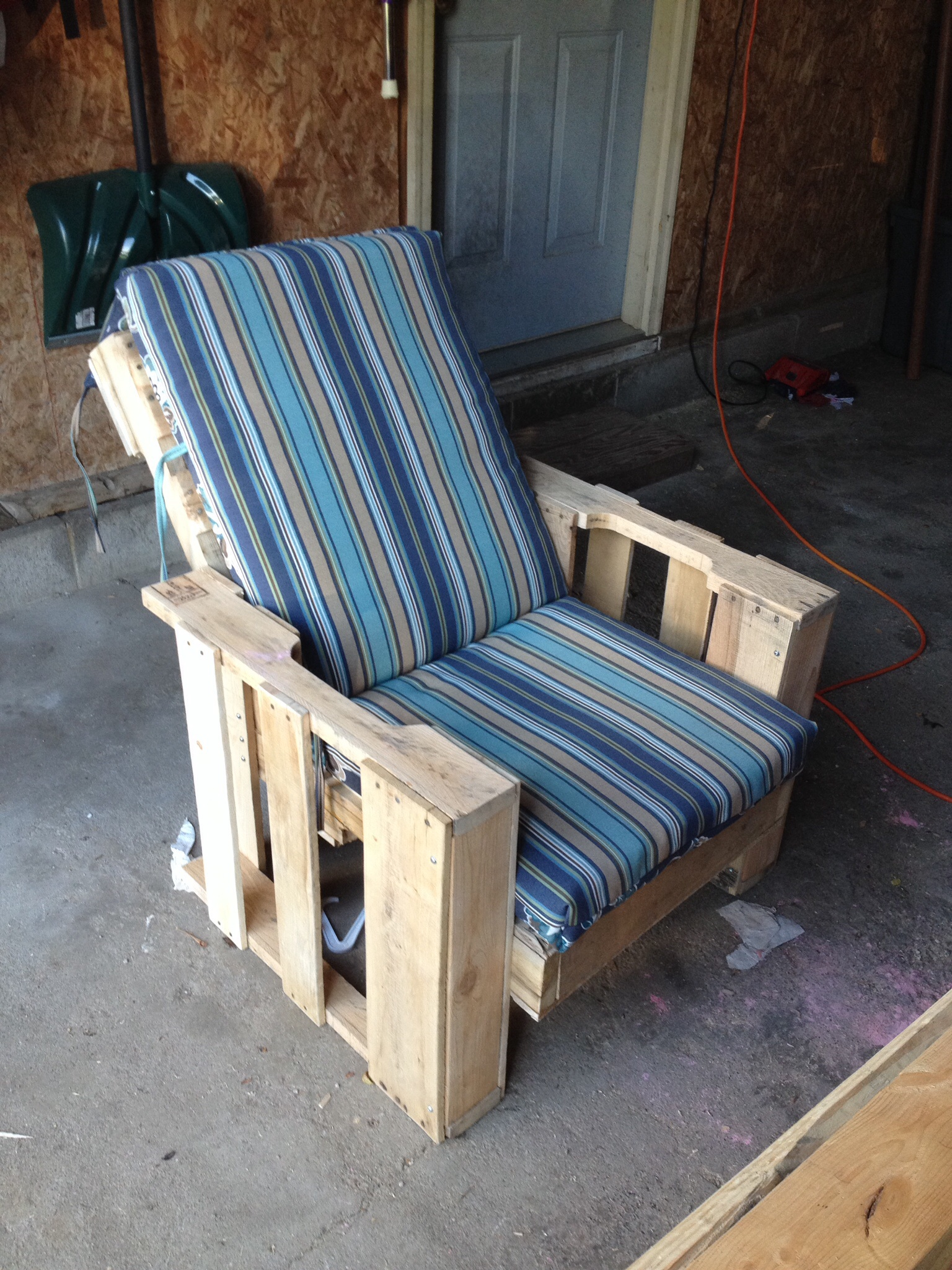 Picture of Back Deck Pallet Chair