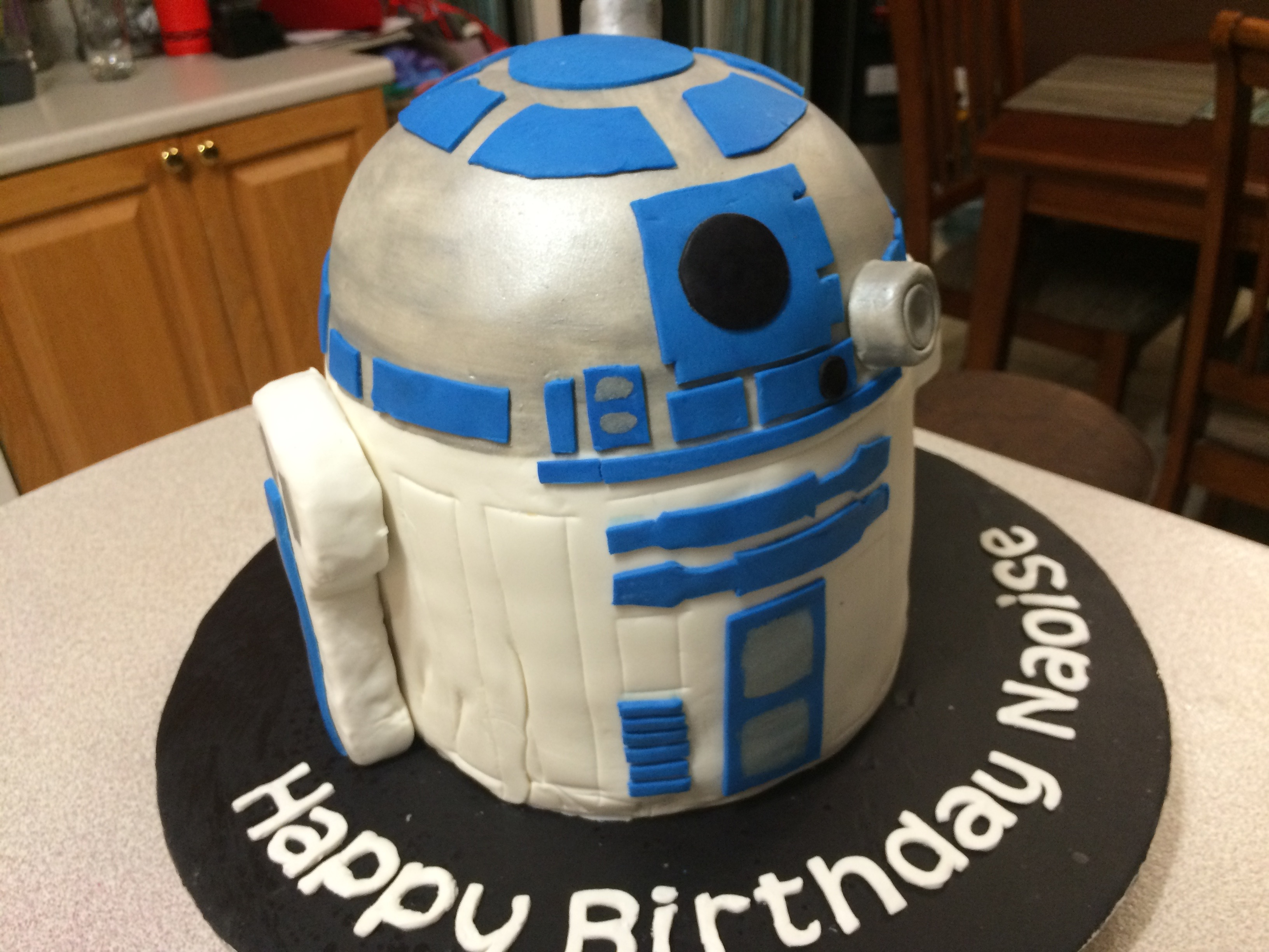 Picture of R2-D2 Cake