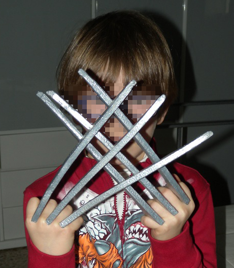 Picture of Very Simple  Wolverine Claws