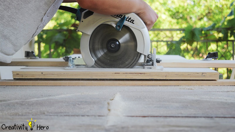 Picture of Measuring and Cutting.
