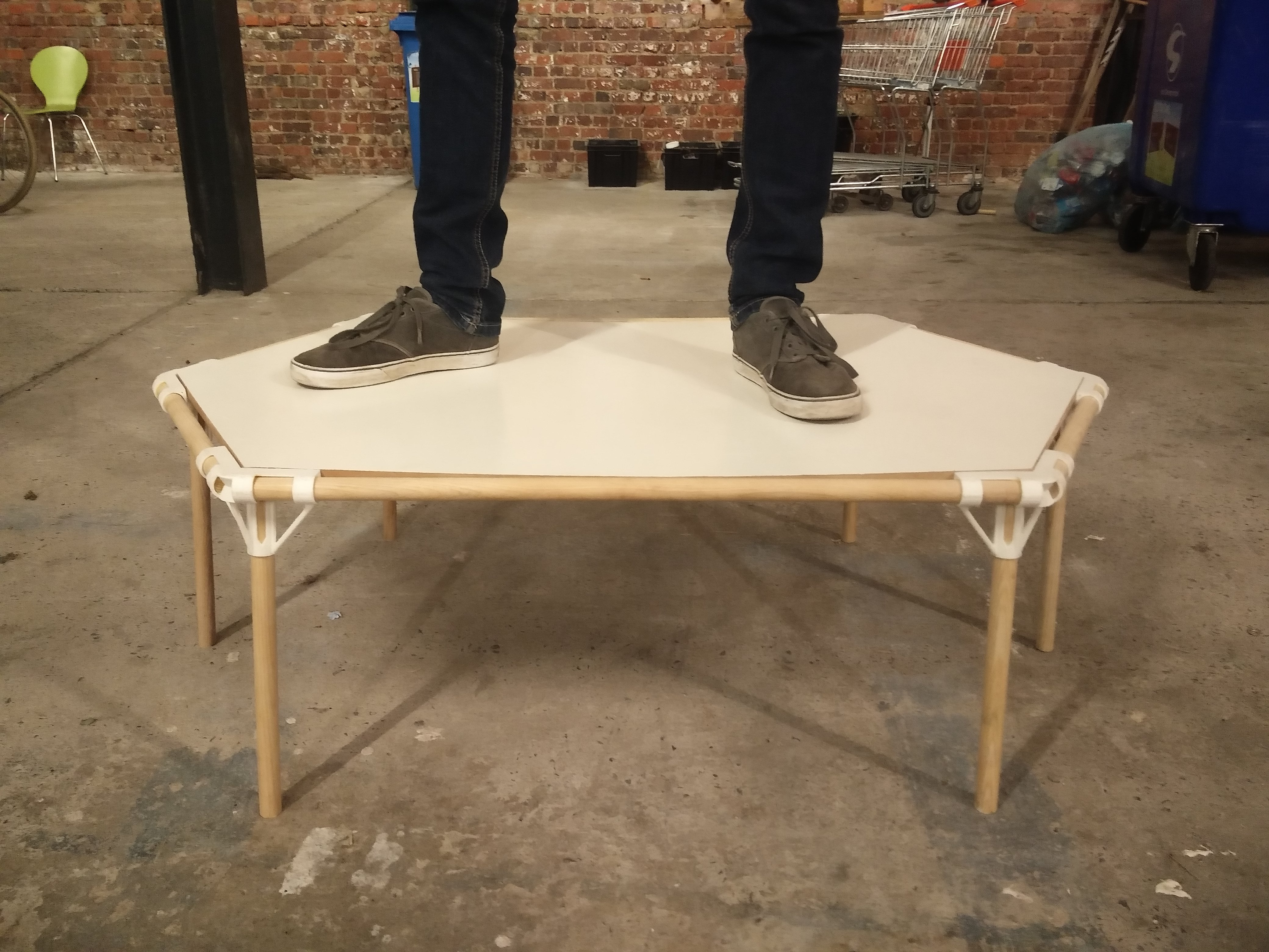Picture of Screwless Hexagon Table Using 3D Printing