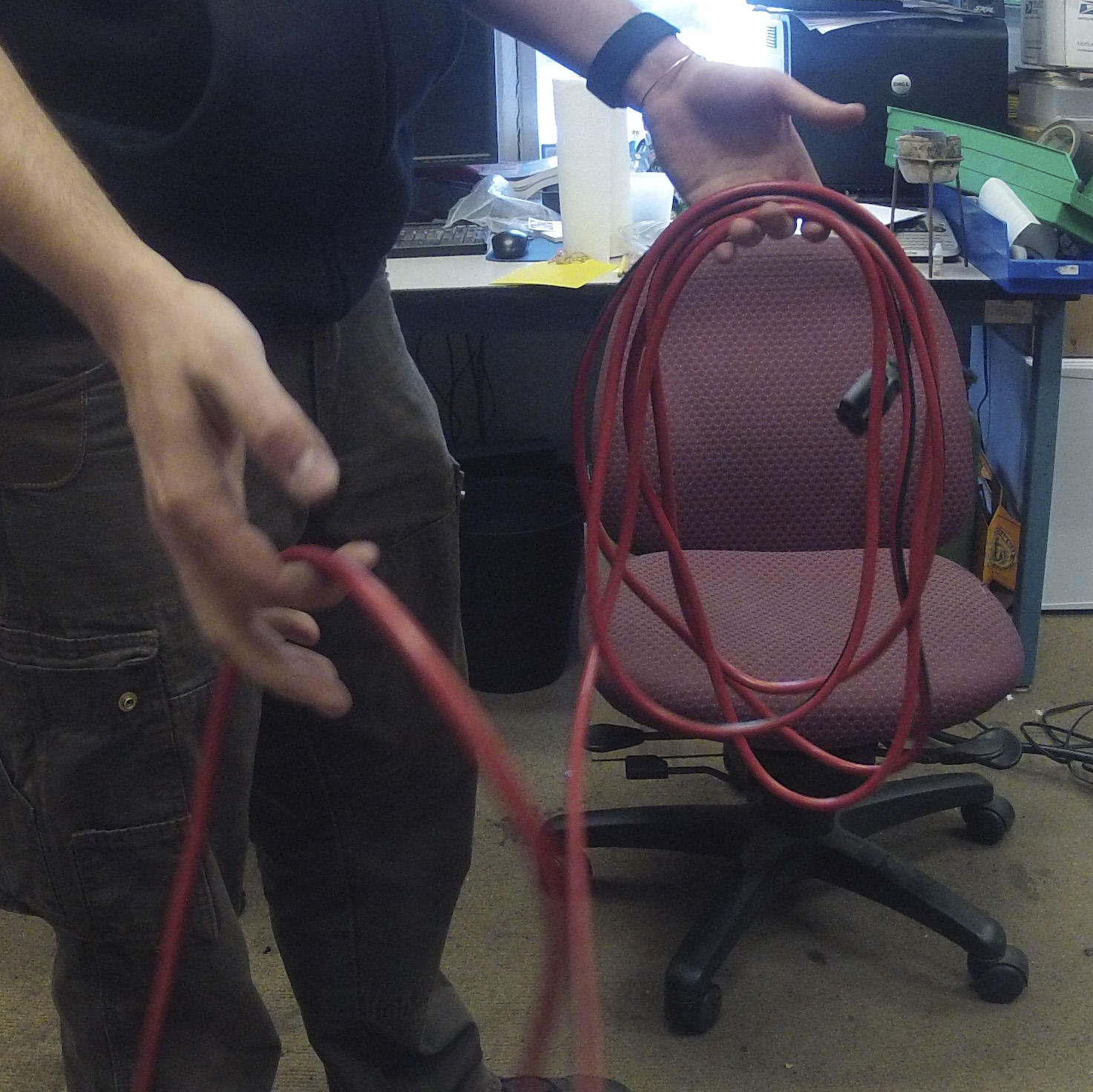 Picture of How to Properly Fold a Cord / Rope / Cable.