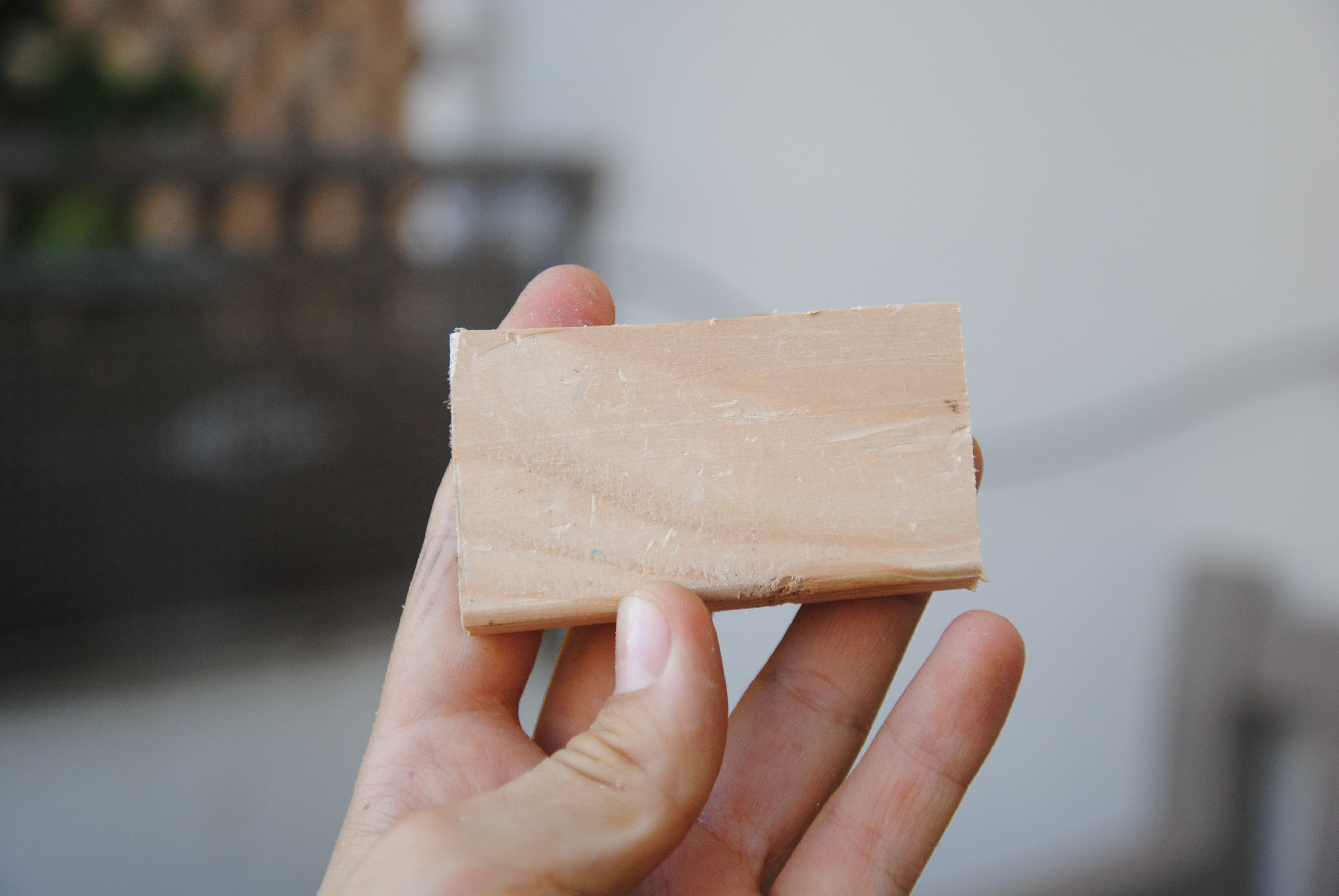 Picture of Cut the Wooden Pad (cushion)