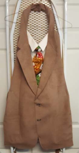 Picture of Repurposed Jacket, Dress Shirt, and Tie Into Apron