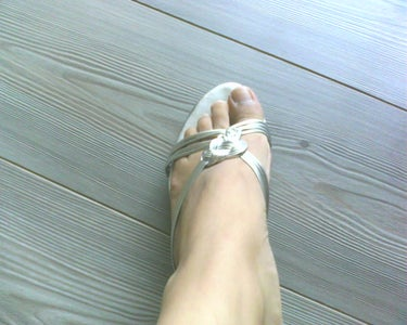 Upcycle Dull Shoes Into Amazing Party Sandals!