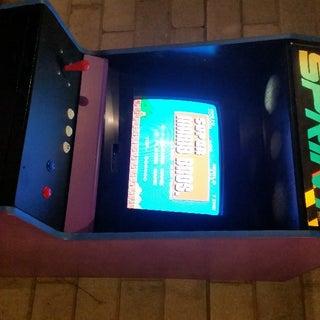 Raspberry Pi Arcade Table