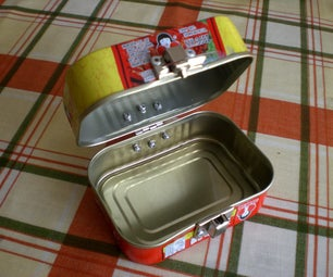 Upcycled Clamshell Tin Box