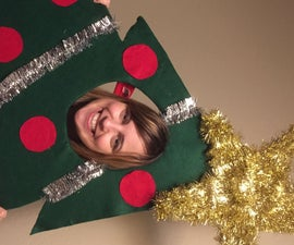 Christmas Tree – Face in Hole Photo Prop / Standin