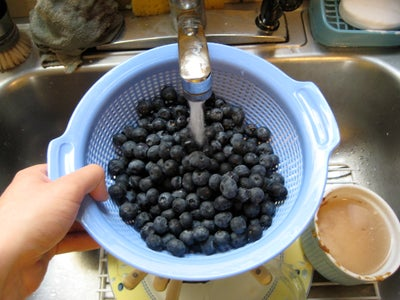 Wash the Blueberries
