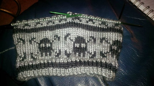 Cast on and Knit Colour Charts