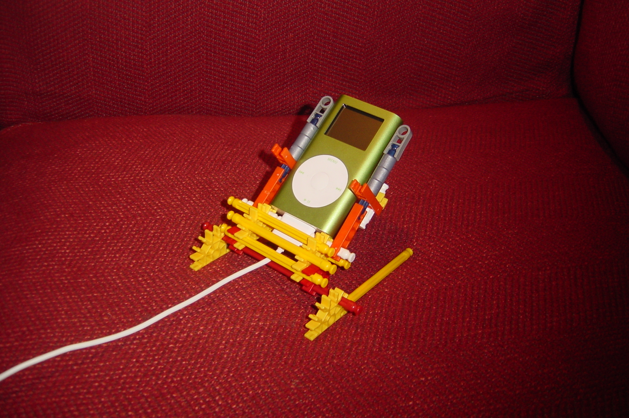 Picture of K'Nex Ipod Mini and Nano(1st and 2nd Gen) Dock