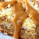 Caramel Apple Crumb Bars