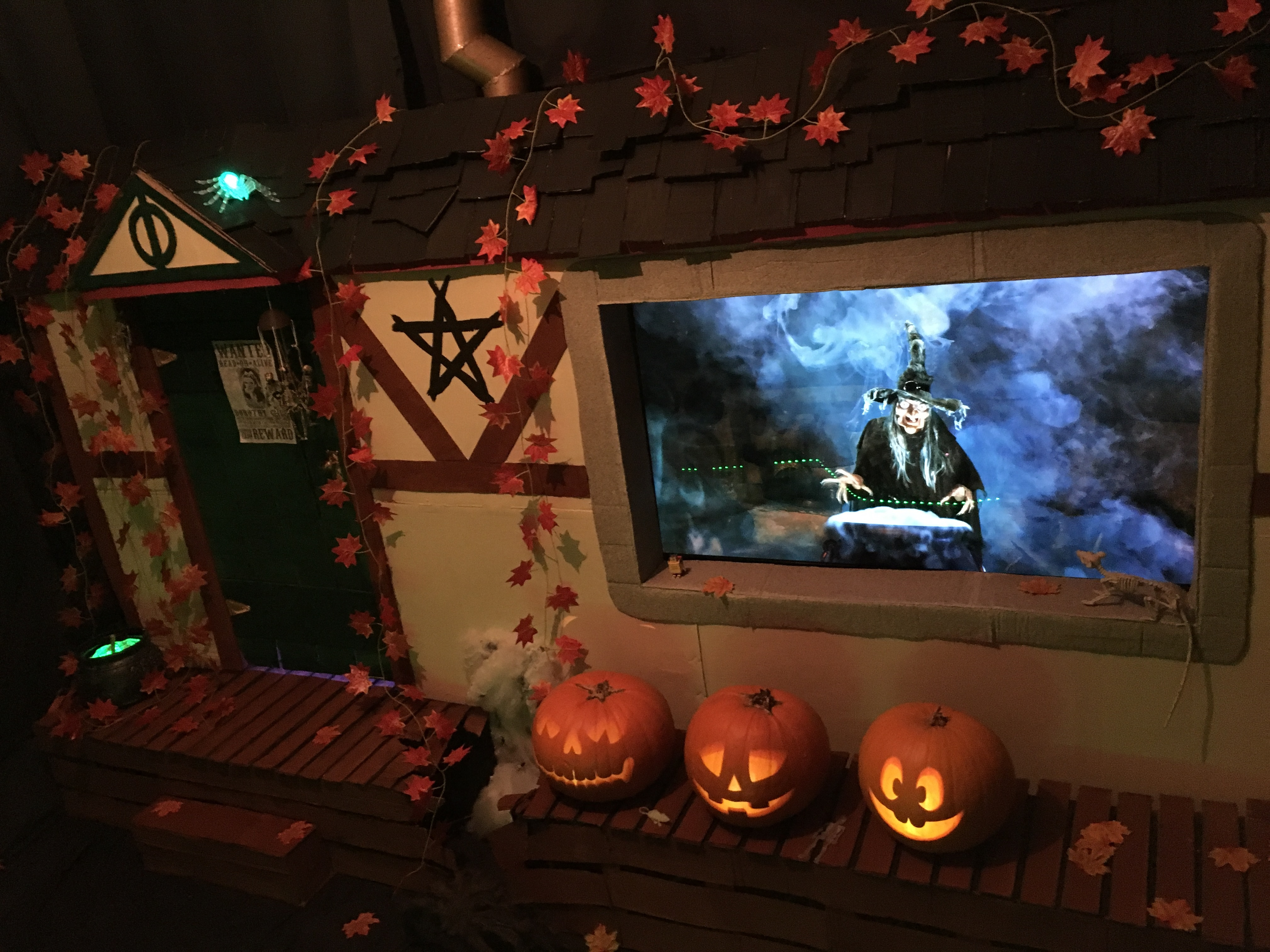 Picture of Other Props, Decorations and Finishing Touches