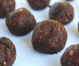 Healthy Fruit and Nut Snack Balls