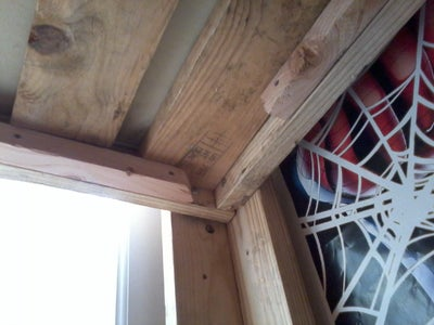 Loft Bed: Frame