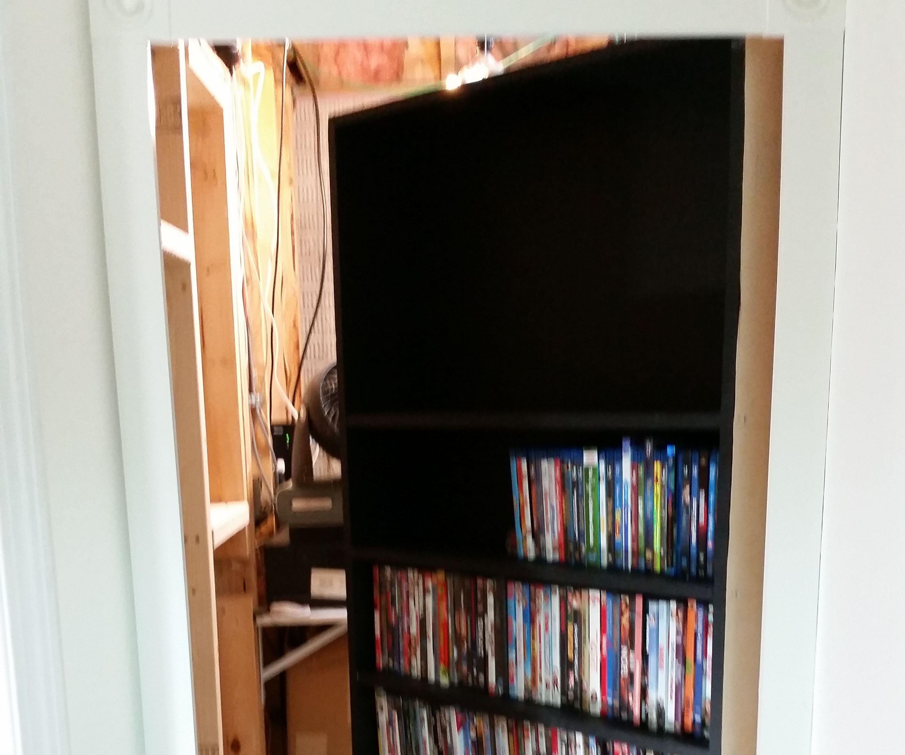 Secret DVD/Bookcase Door: 7 Steps (with Pictures)