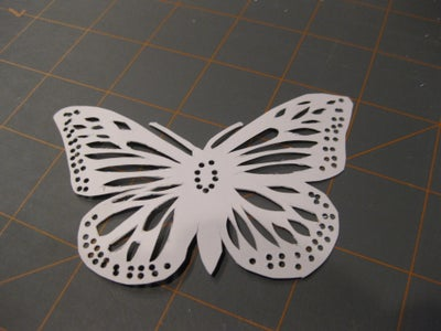 Cut Wing Pattern With Binder Clip Mount