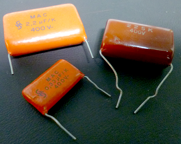 Picture of X and Y Rated Capacitors