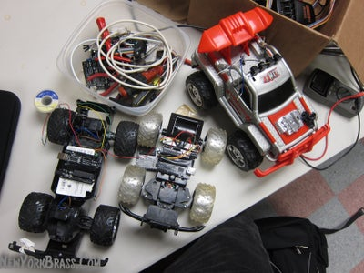 How to Convert (almost) Any 27 or 49 MHz RC Car Into a Robotic Car
