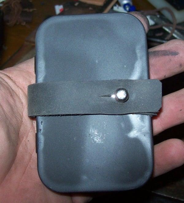 Be BATMAN! Altoids Tin Into Utility Belt Pouch (or Metal Wallet)