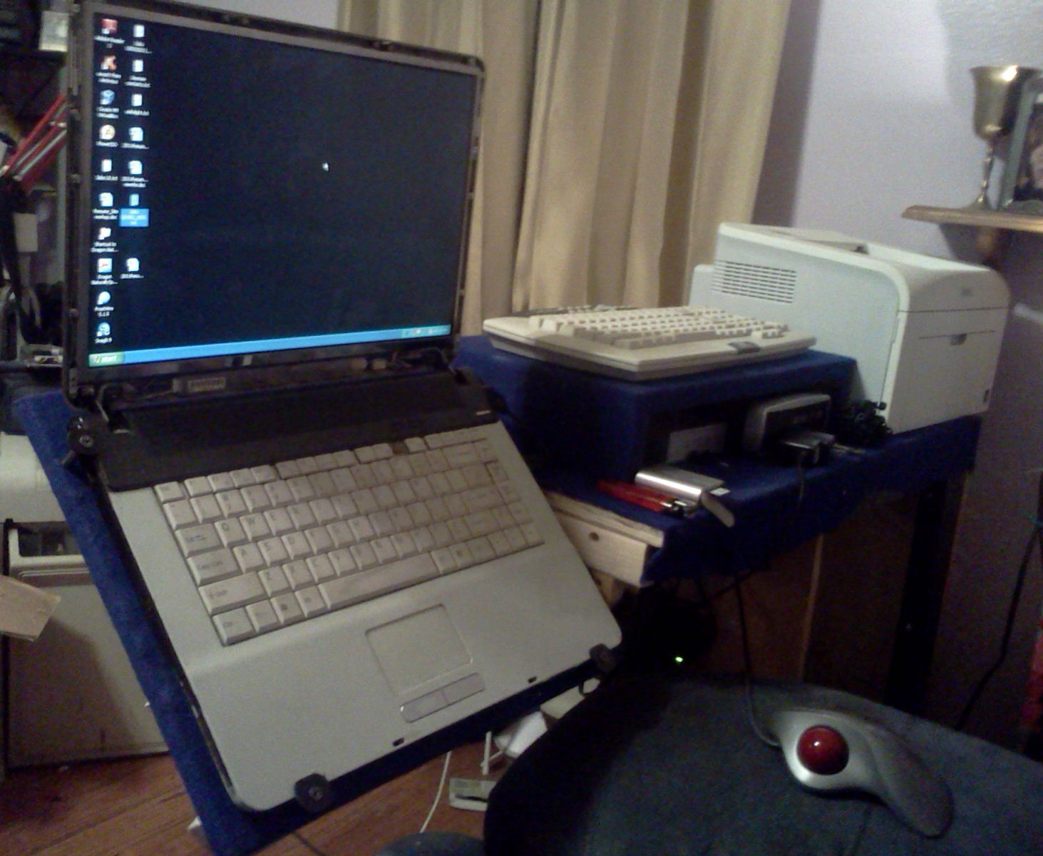 Picture of How to Build a Rotating Laptop Mobile Stand
