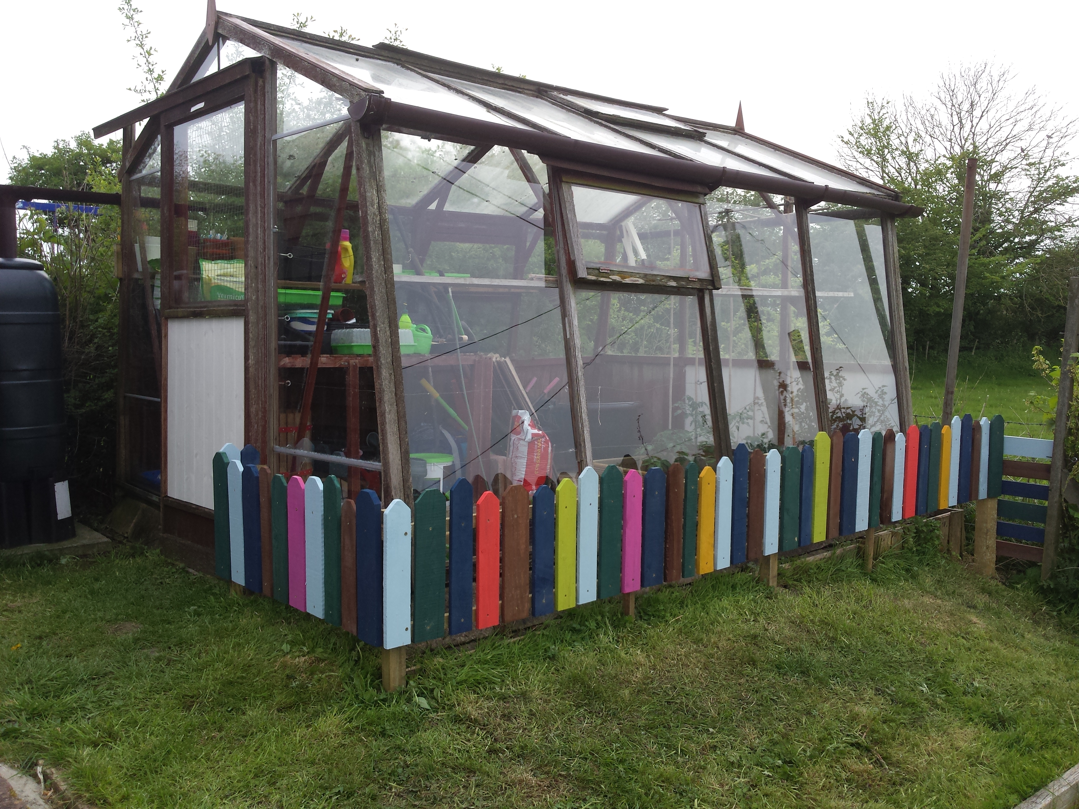 Picture of Greenhouse Child Fence From  Recycled Pallets