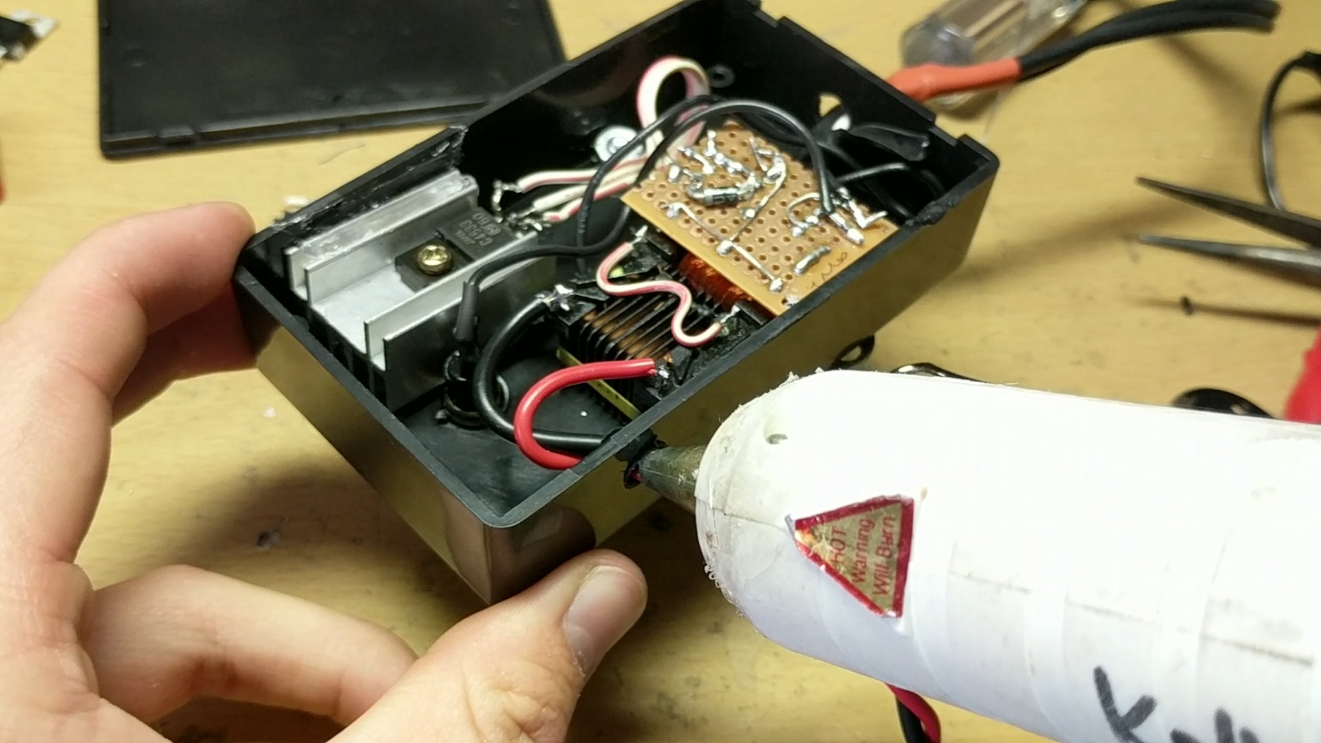 Picture of Gluing in the Electronics