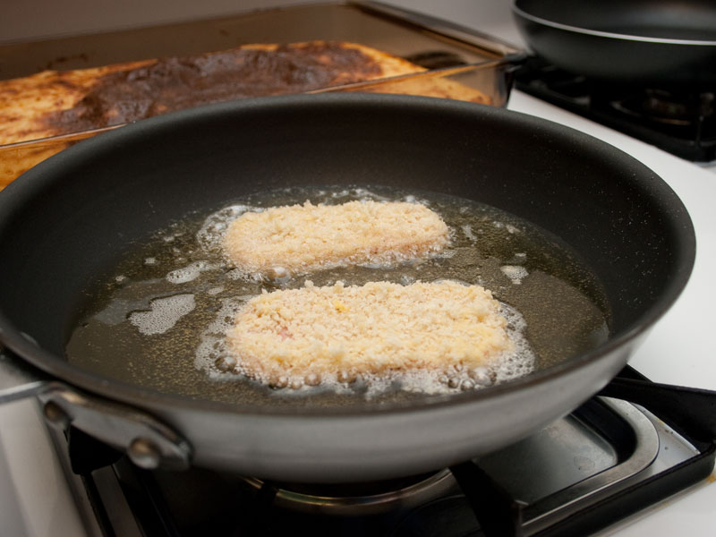 Picture of Step 2: Pan-Fried Panko Crusted SPAM