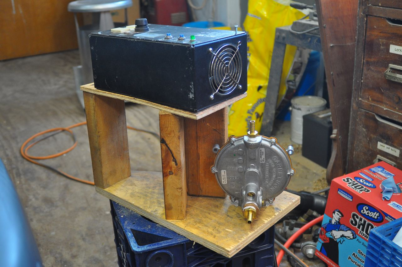 Picture of Charger and Regulator