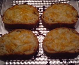 My Super Simple Shortcut Garlic Bread