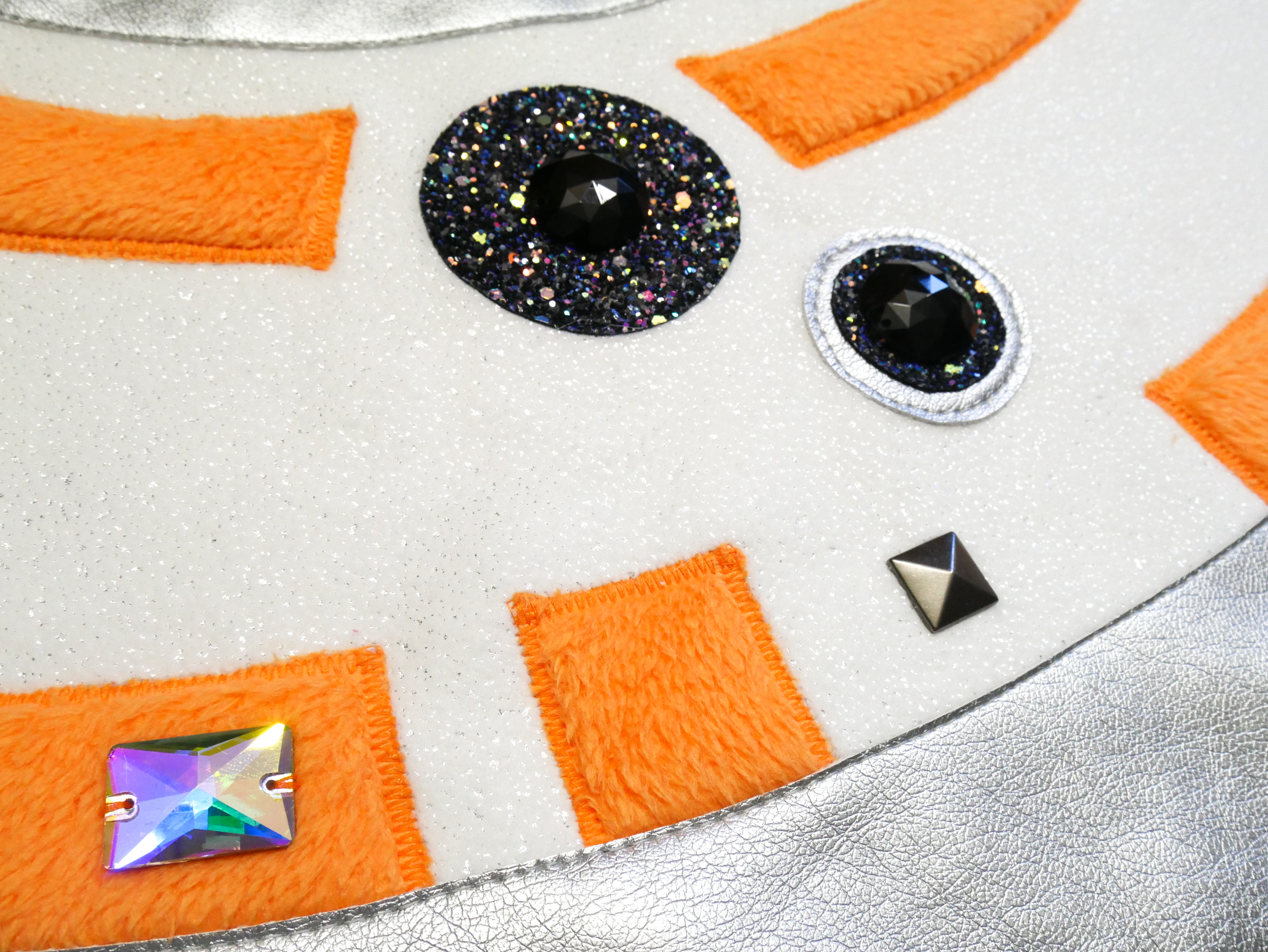 Picture of Attach Embellishments