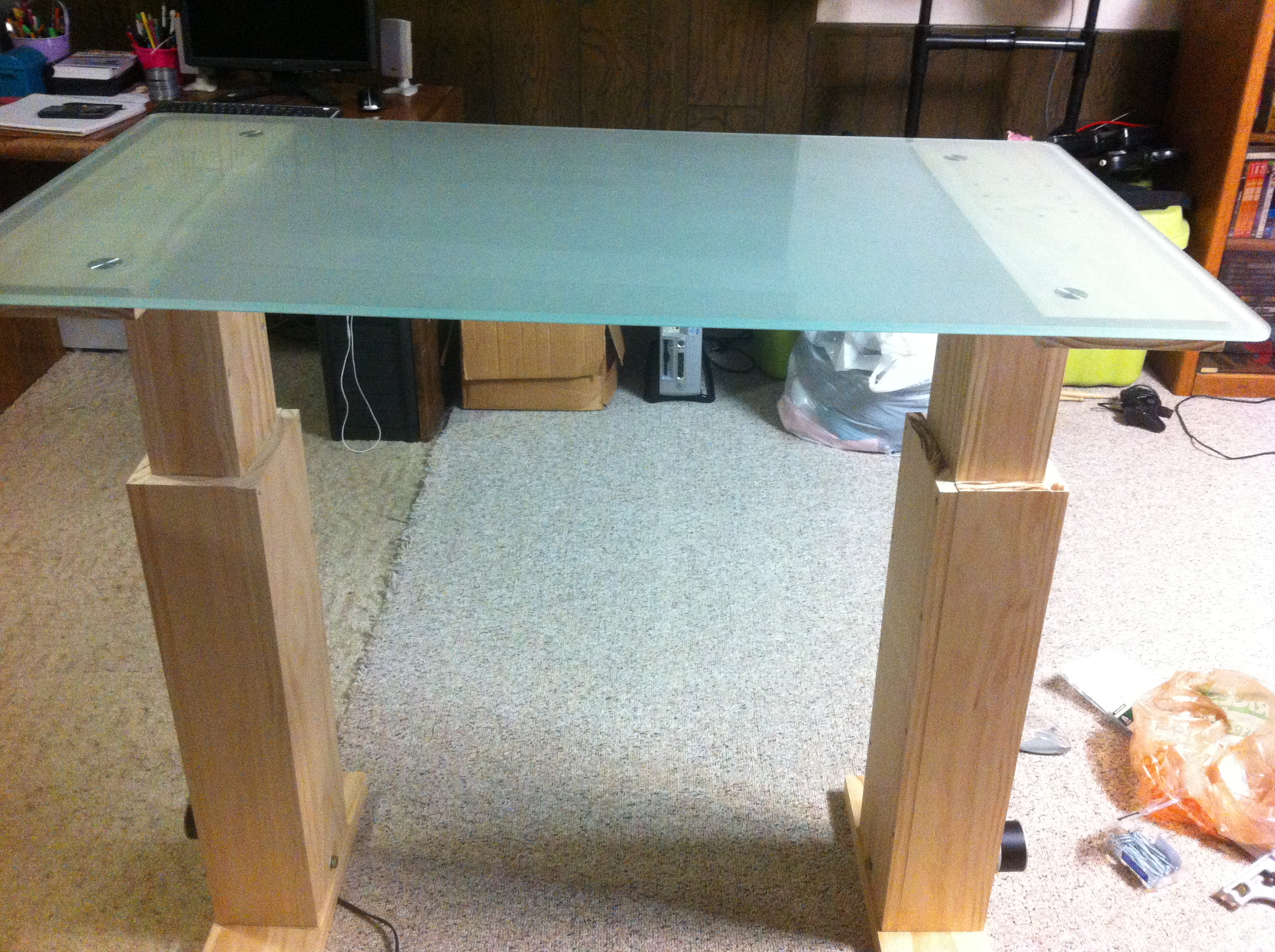 Picture of Attach Table Top Supports and Try It Out