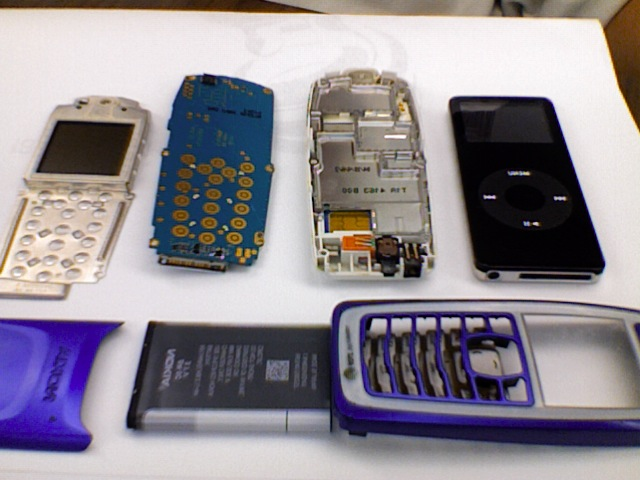 Picture of SIMPLE How to Make Your Own Nokia (3100) IPod Player