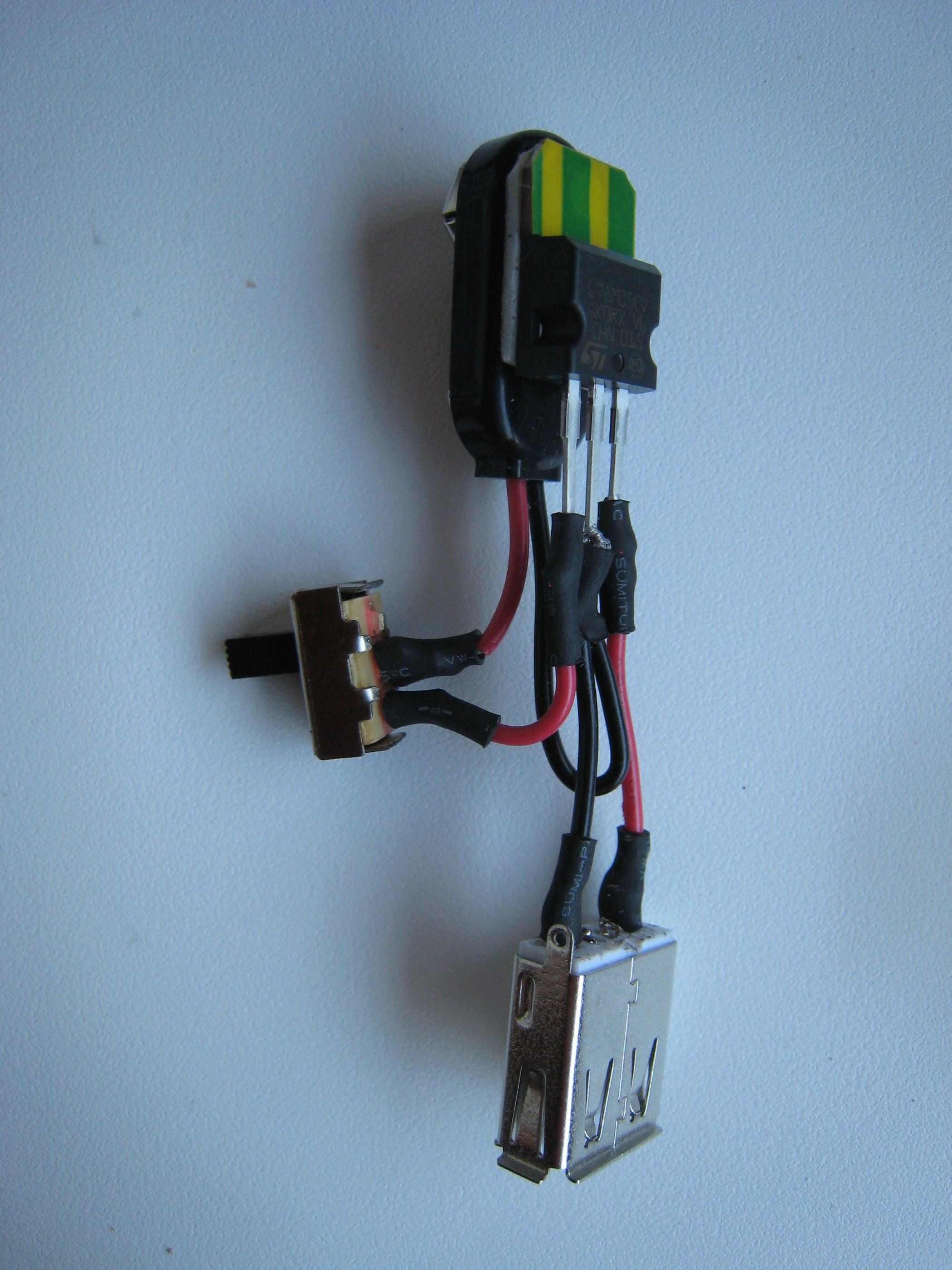 9v USB Charger: 3 Steps