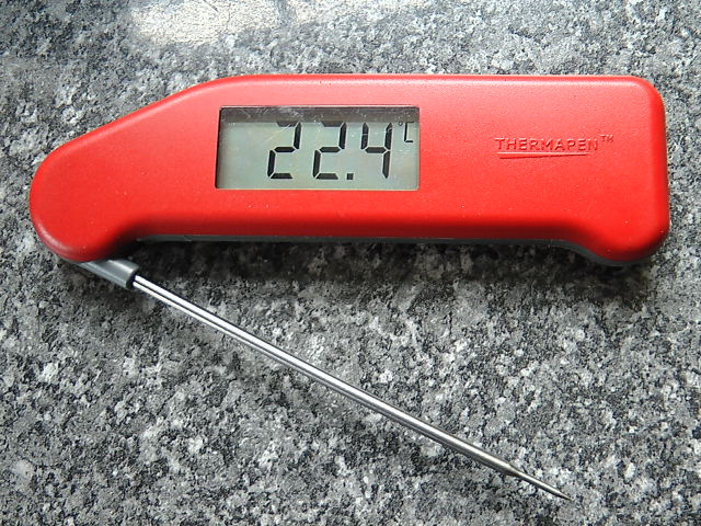 Picture of ETI SuperFast Thermapen Thermometer: On/Off Switch Fault