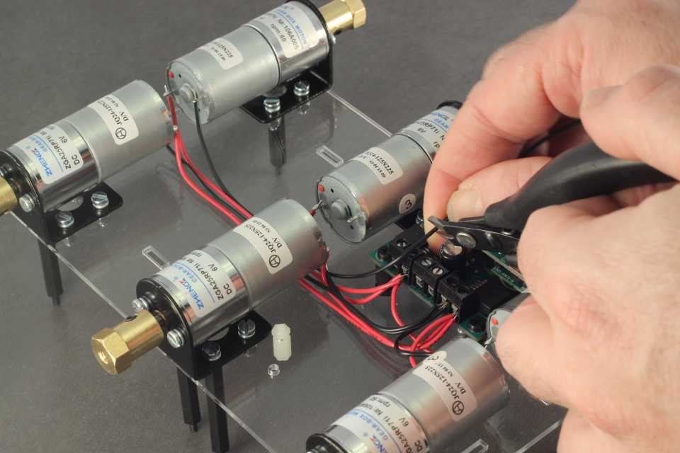 Picture of Wiring the Remaining 3 Motors With Black Wires