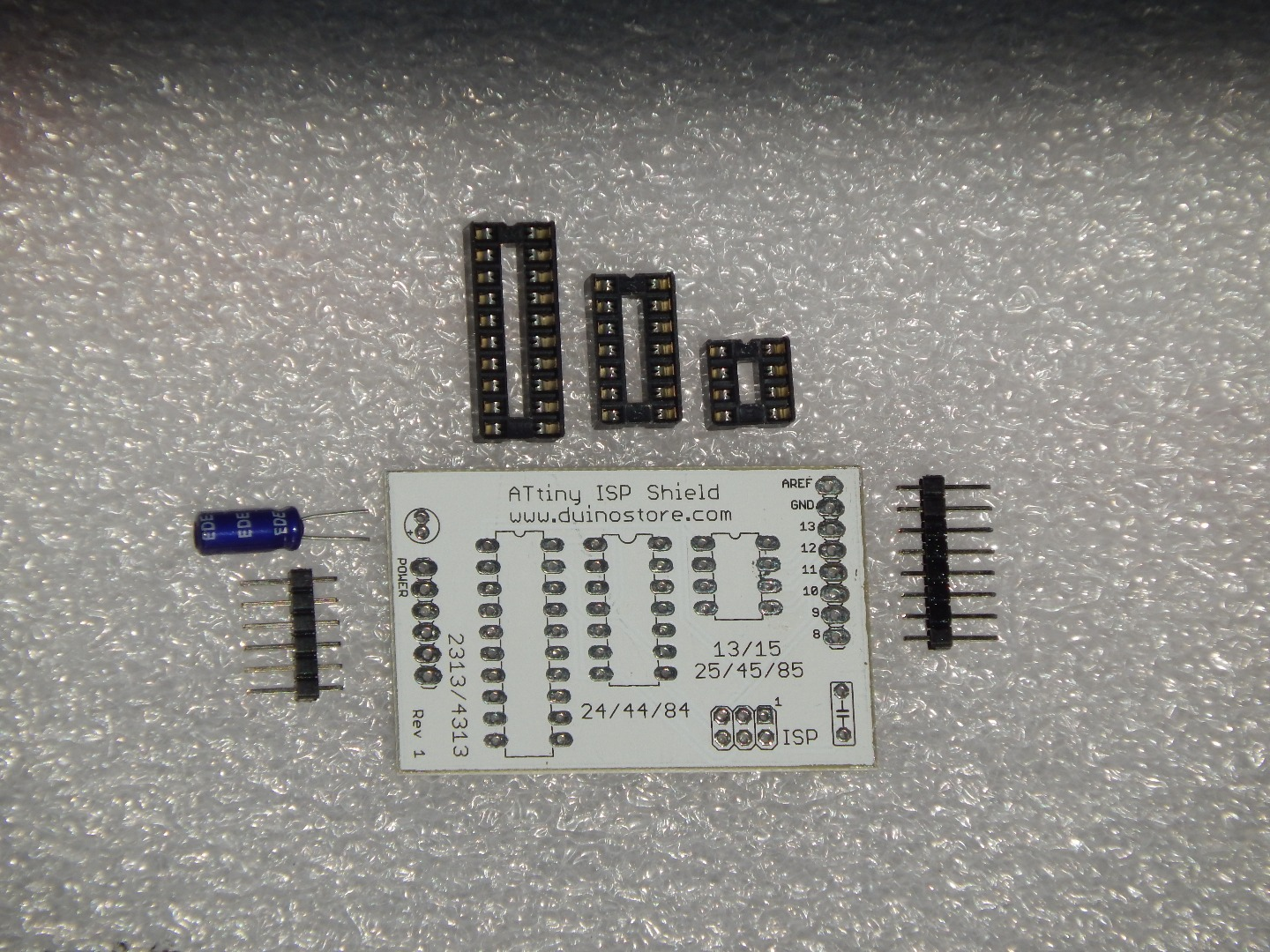 Picture of Components Required for ATTiny ISP Shield