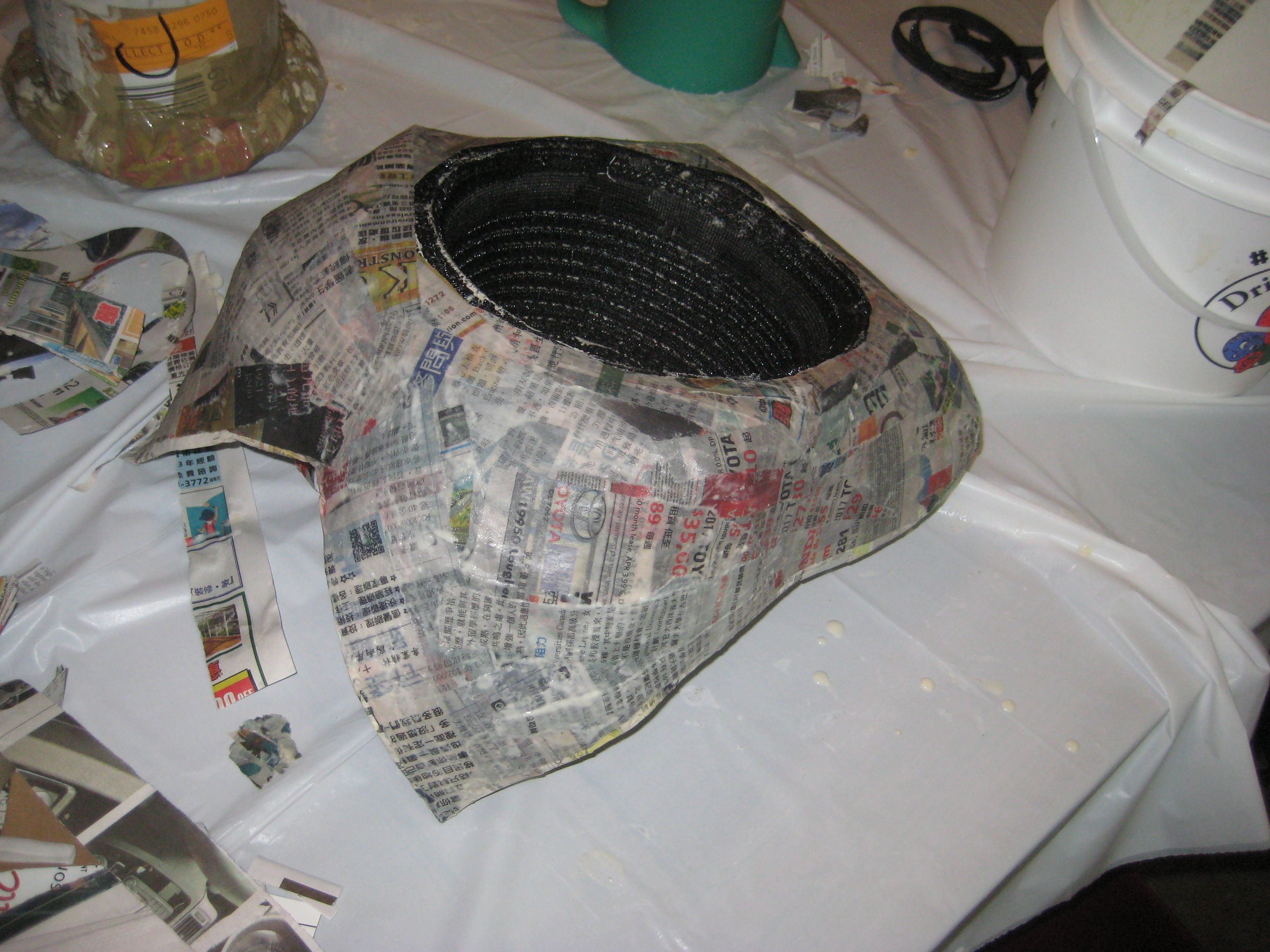 Picture of Apply Paper Maché