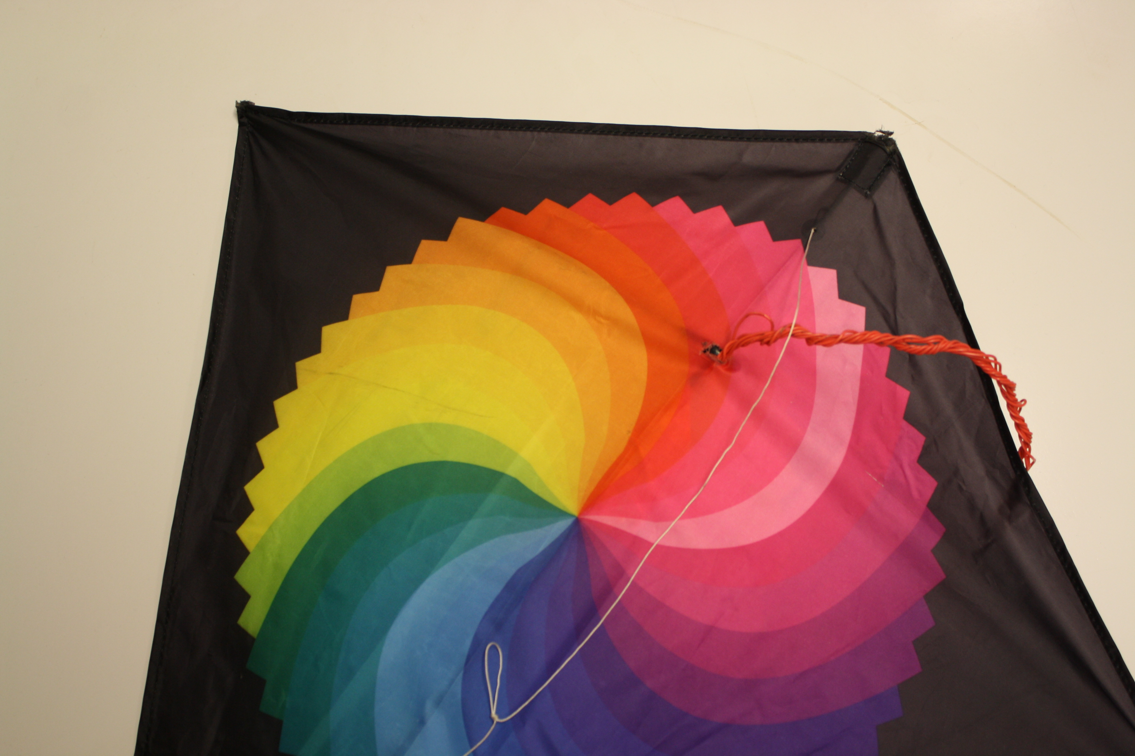Picture of Cut the Kite and Feed Wires Through