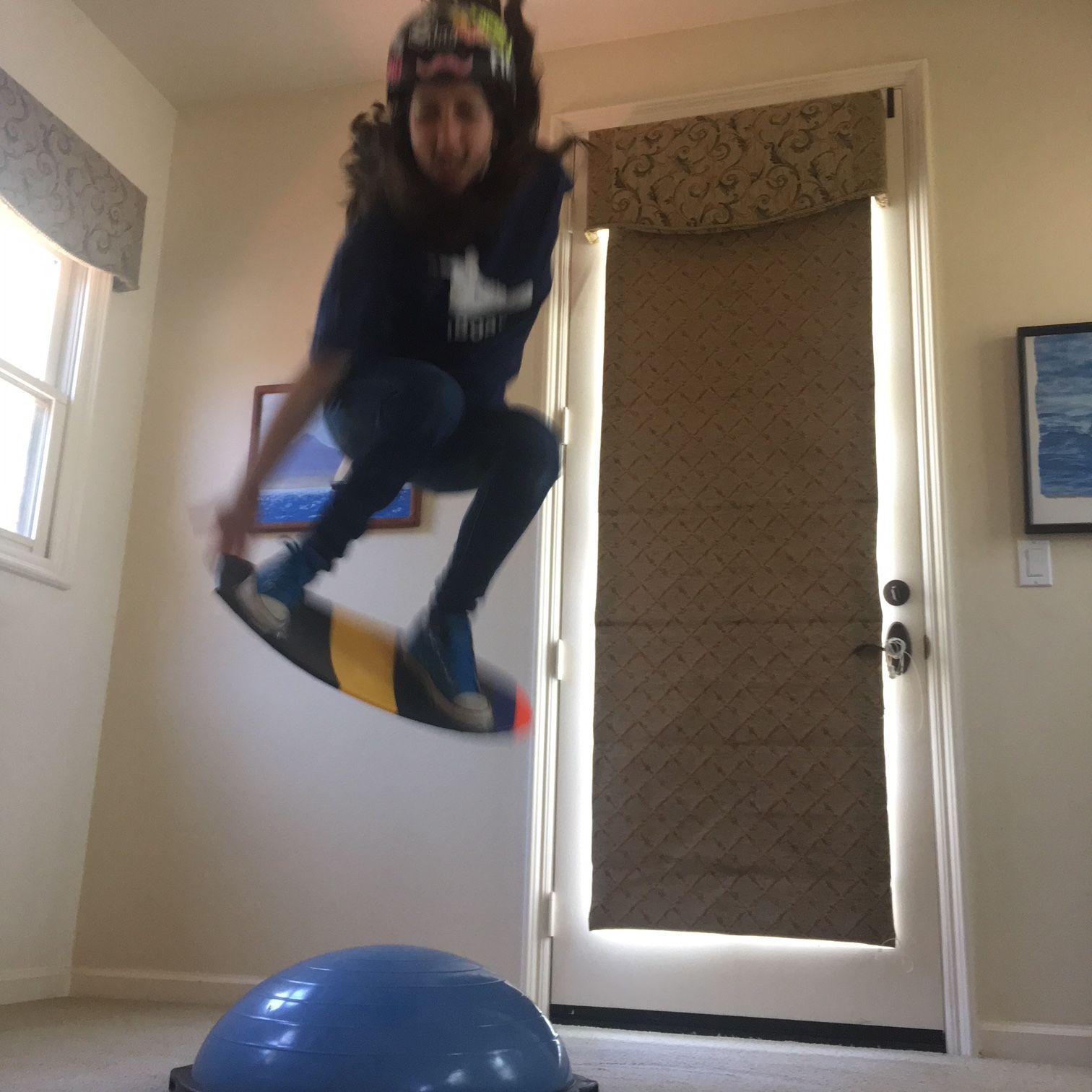 Picture of Indoor Snowboard Trainer