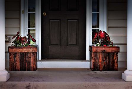 See Matching Planter Boxes!