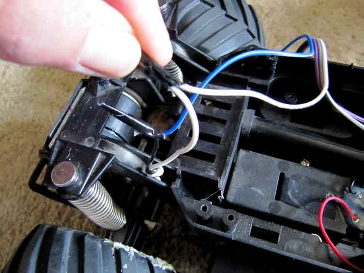 Picture of Lengthen Motor Wires