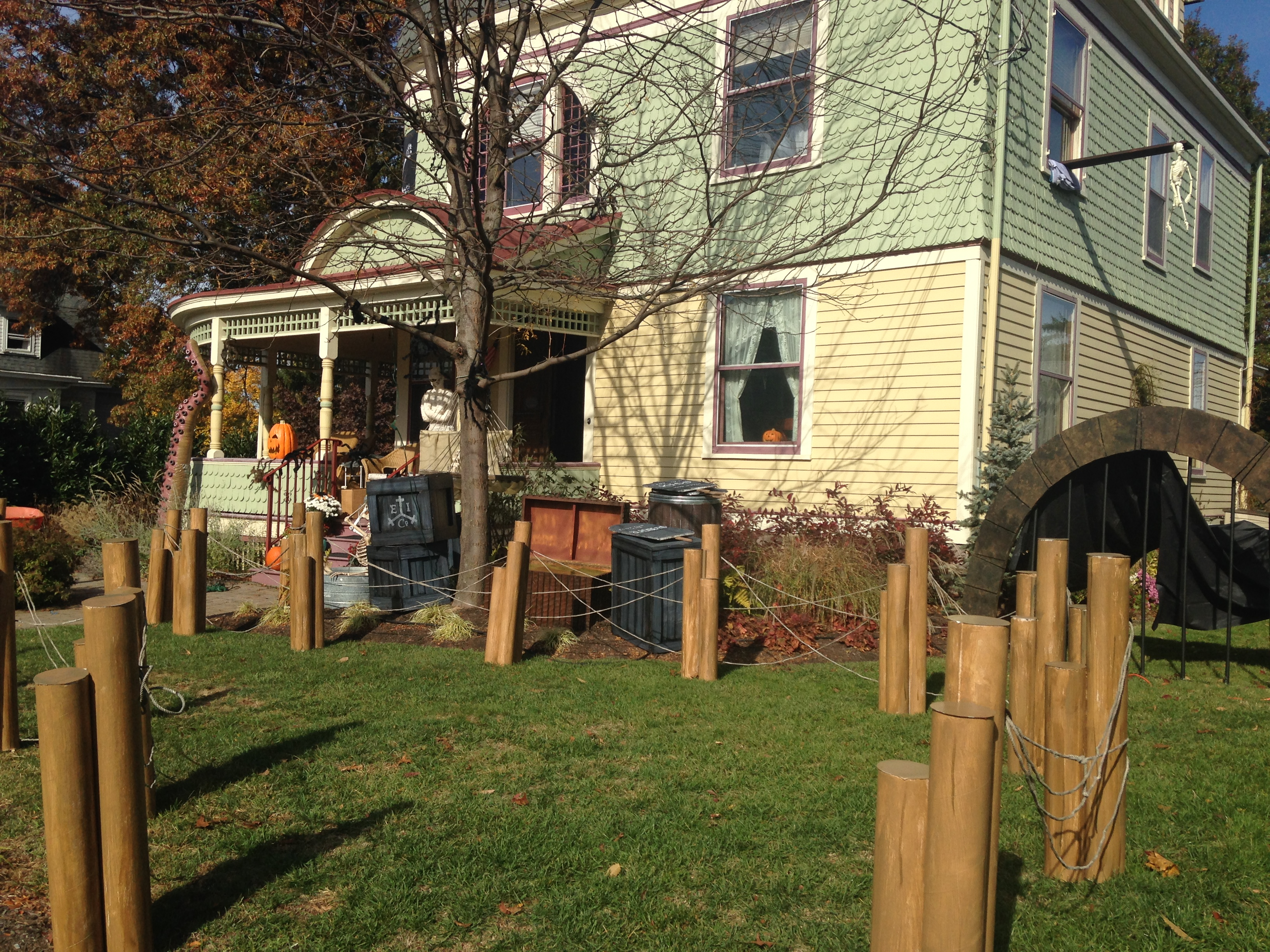 Picture of CardBoard Dock Pilings for Halloween Fence