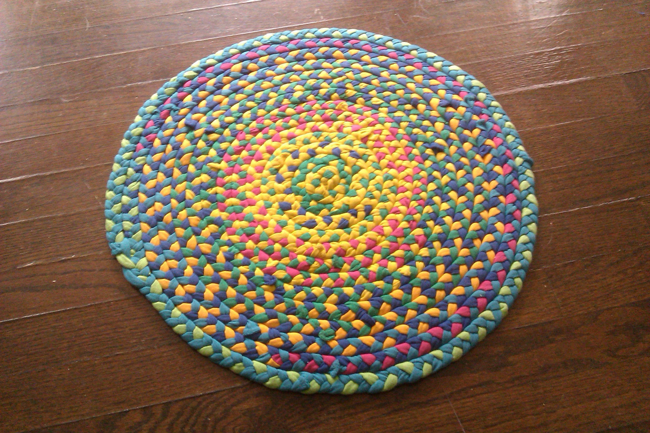 Make A Braided T Shirt Rug 5 Steps With Pictures