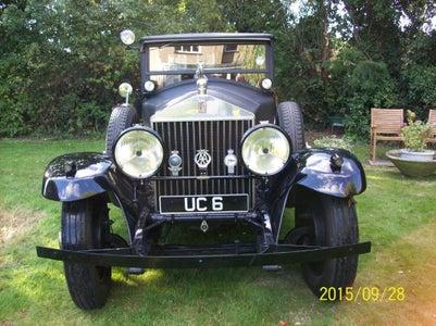 Britannia-upon-Globe Mascot - the Kings Car