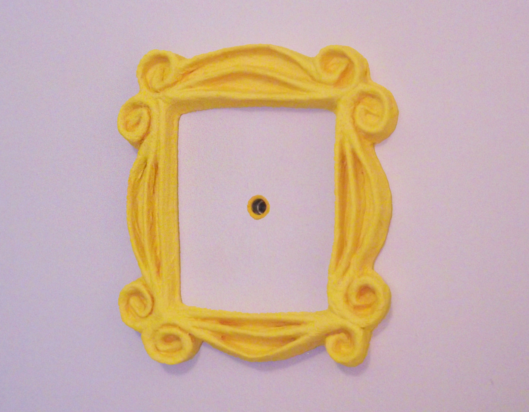 friends peephole frame  7 steps  with pictures