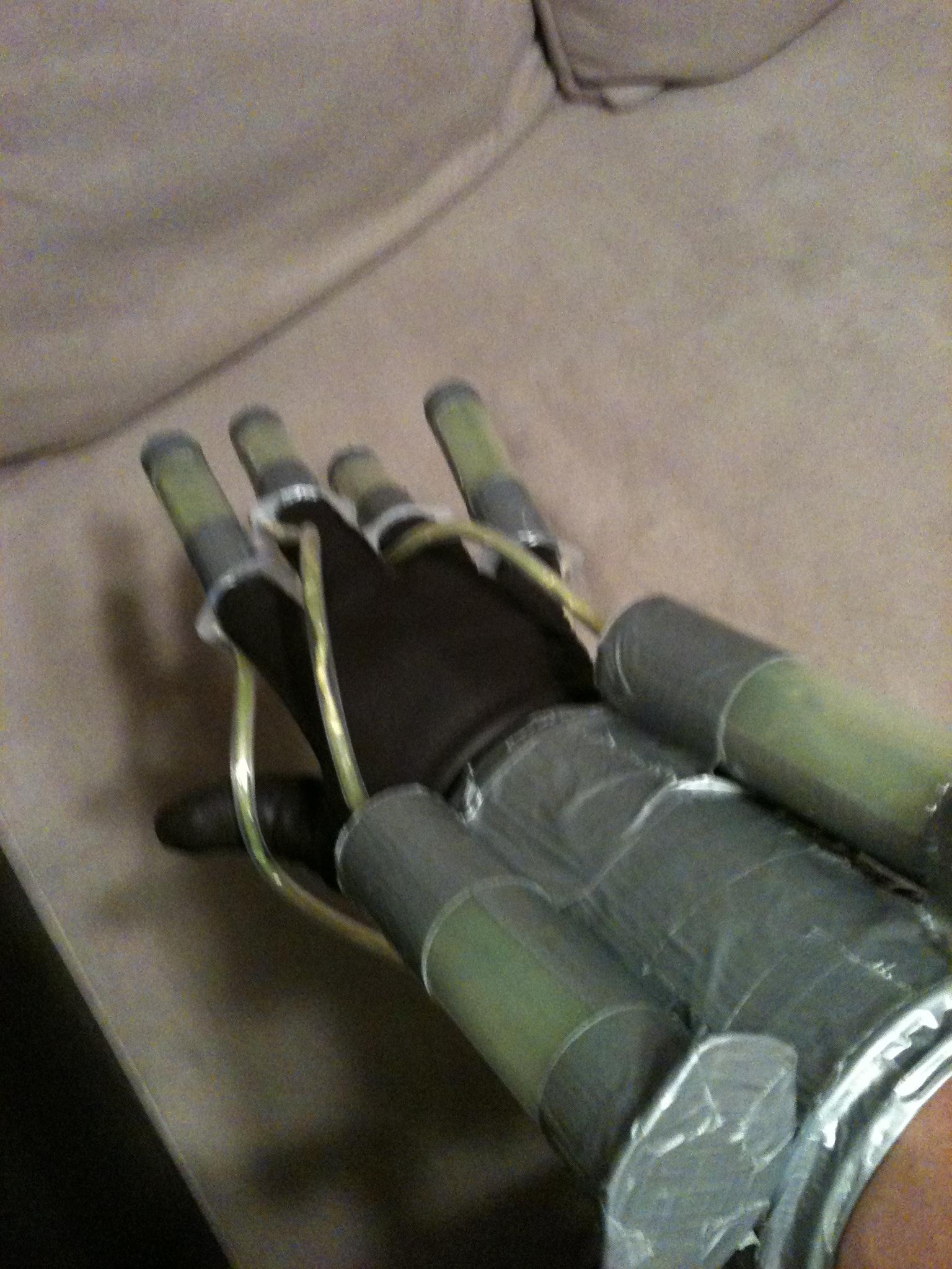 Picture of Batman: Arkham Asylum Scarecrow Fear Toxin Syringe Hand