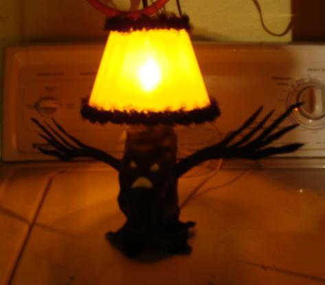 Picture of Halloween Frite-Light Tree Lamp