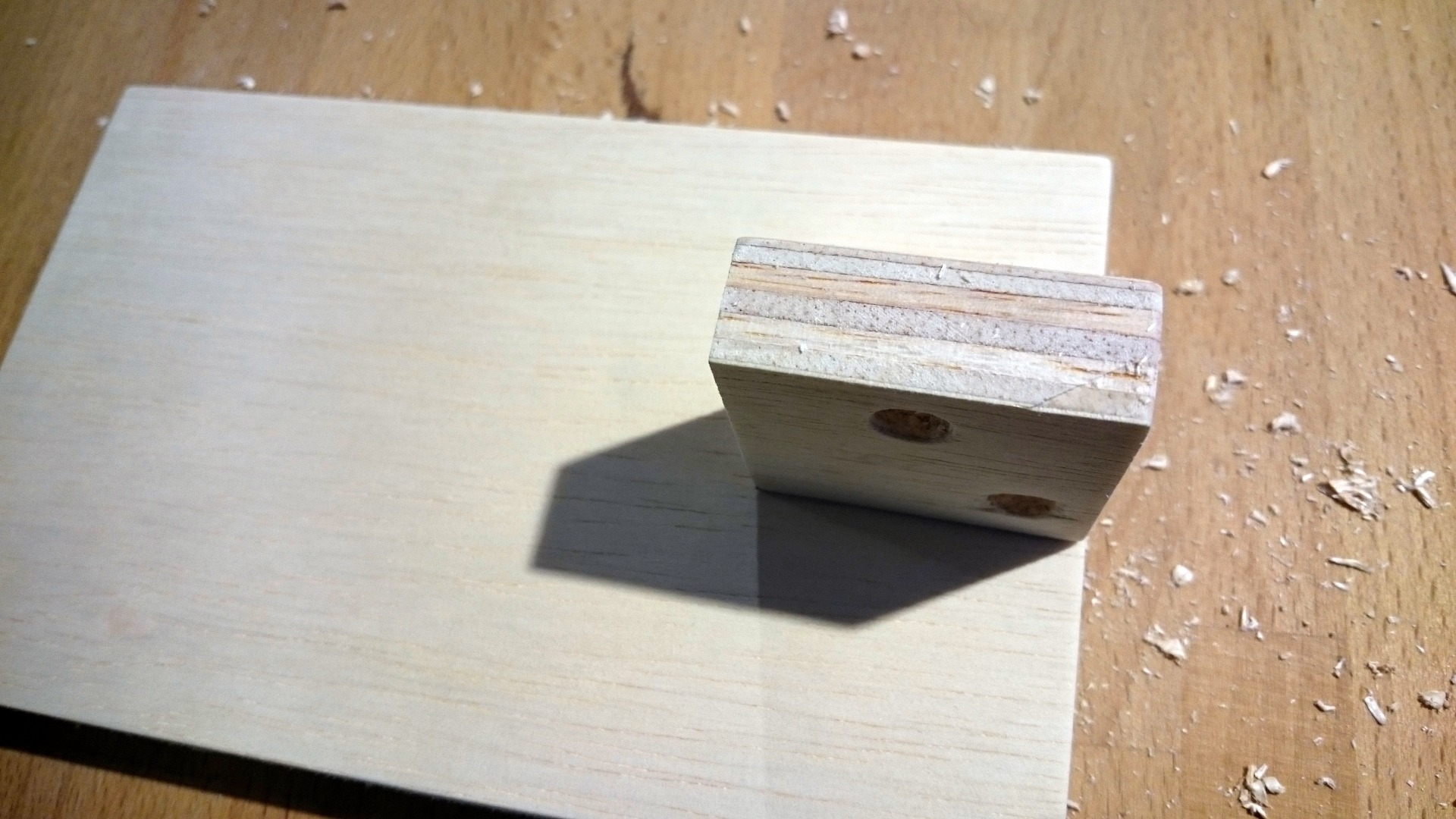 Picture of Attaching the Base Hinge